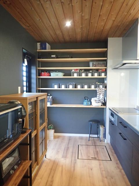 カフェ風 キッチン 棚