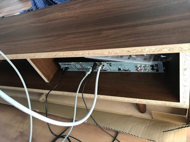 テレビ 壁掛け 配線 デッキ