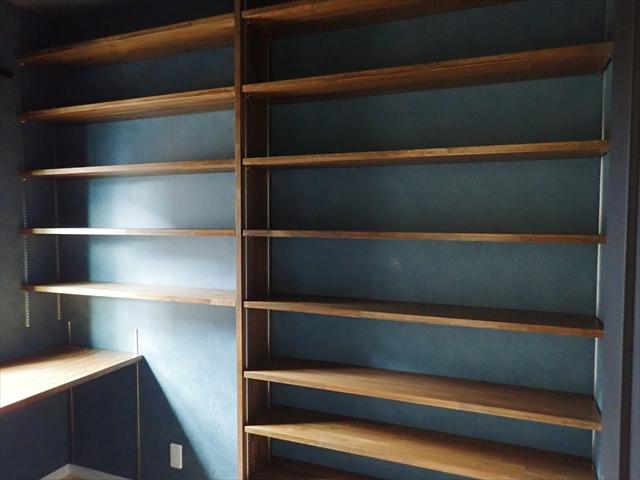 書斎 本棚 造り付け